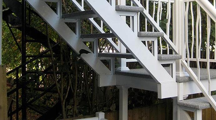 balcons et marches en fibre de verre portes et fen tres lamater. Black Bedroom Furniture Sets. Home Design Ideas